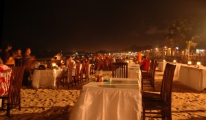 Seafood-Dinner-at-Jimbaran-Beach-tour-bali